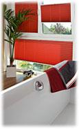 Badezimmer Plissee in der Farbe Rot